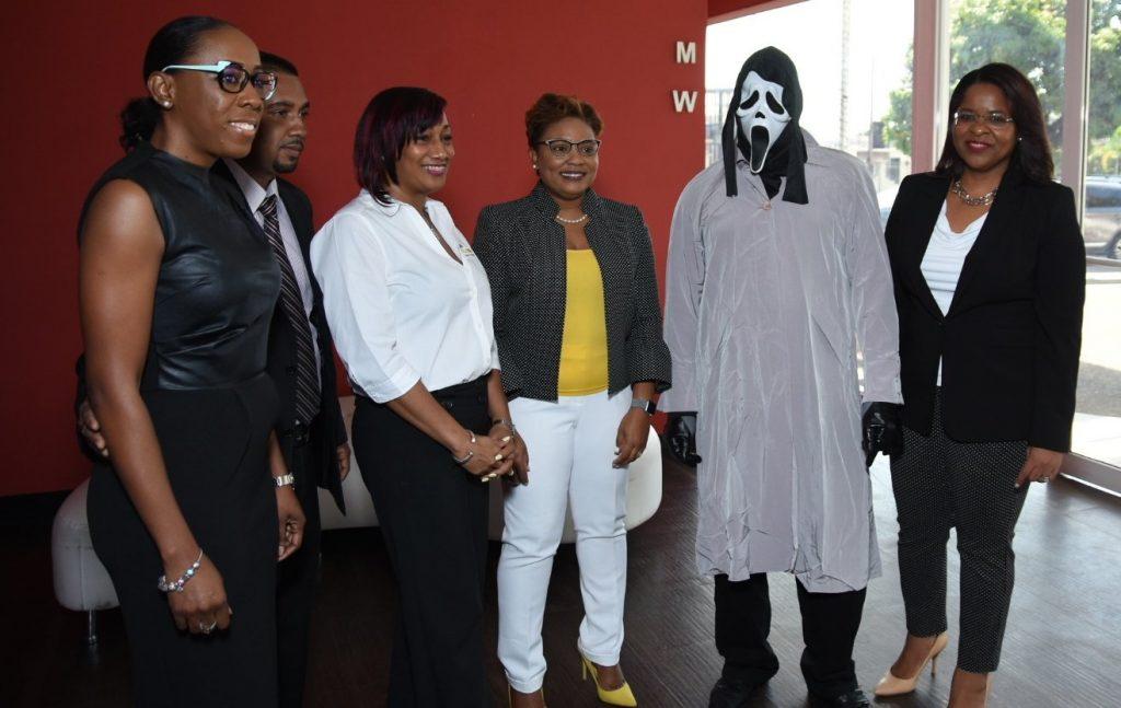 super lotto loteria jamaicana máscara do panico (2)